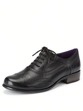 clarks-hamble-oak-leather-brogues-black
