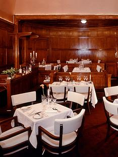 virgin-experience-days-luxury-champagne-afternoon-tea-and-thames-river-cruise-for-two