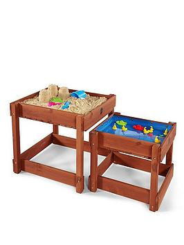 plum-sandy-bay-wooden-sand-and-water-tables