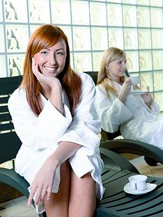 virgin-experience-days-pamper-day-and-champagne-lunch-for-2-in-a-choice-of-2-locations