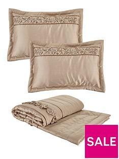franchesca-bedspread-throw-and-pillow-shams