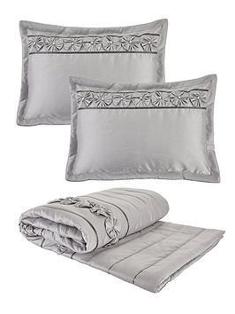 franchesca-bedspread-throw-and-pillow-shams-set