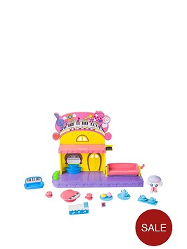 tamagotchi-friends-music-cafe-playset
