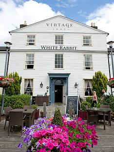virgin-experience-days-traditional-british-inn-break-for-two