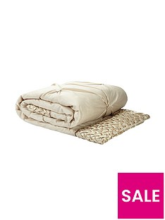mia-bedspread-throw