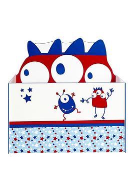 ladybird-boys-open-toy-box
