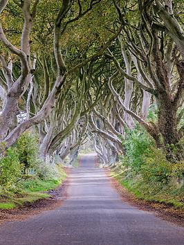 virgin-experience-days-game-of-thrones-filming-locations-tour-for-two-in-belfast-northern-ireland