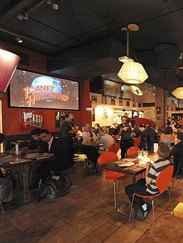 virgin-experience-days-planet-hollywood-dining-experience-for-two
