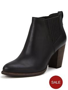 ugg-australia-poppy-leather-chelsea-ankle-boot