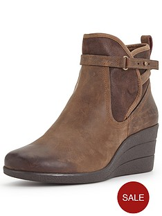 ugg-australia-emalie-leather-wedge-ankle-boot