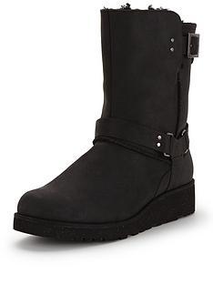 ugg-australia-maddox-leather-wedge-buckle-boot