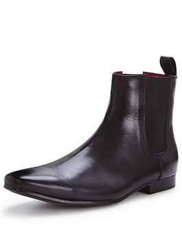 unsung-hero-dunster-chelsea-boot