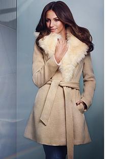 lipsy-detachable-faux-fur-collar-coat