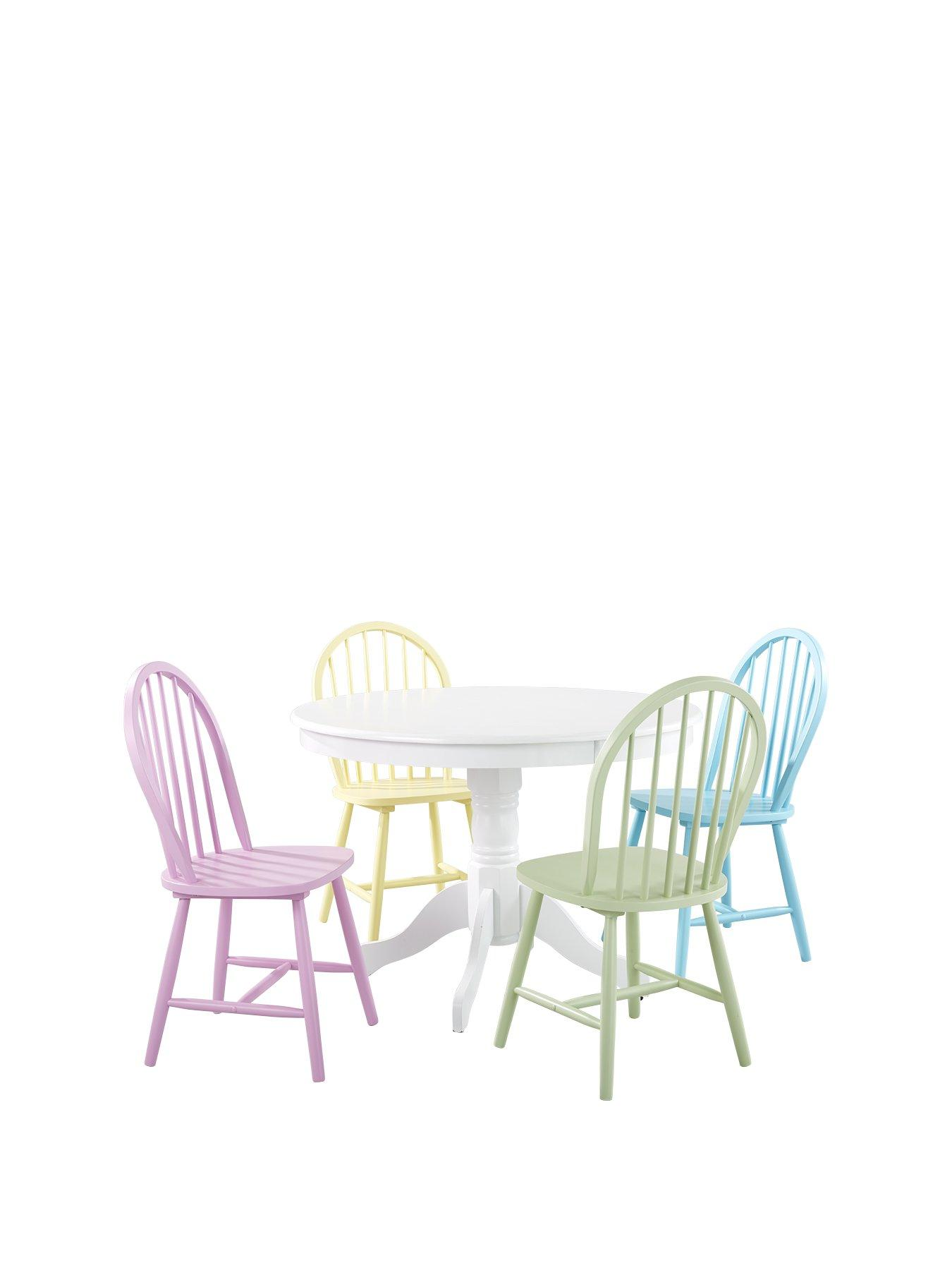 Daisy 107 Cm Round Dining Table + 4 Chairs   Multi