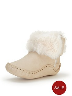 clarks-baby-girls-cuddle-booties