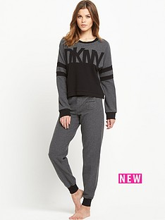 dkny-knitted-lounge-set
