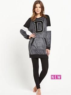 dkny-sleepshirt-and-leggings-set