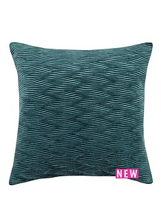 laurence-llewelyn-bowen-tempo-cushion-teal