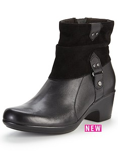 clarks-malia-kona-low-heeled-ankle-boot