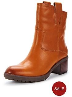 clarks-maroda-faith-leather-ankle-boot