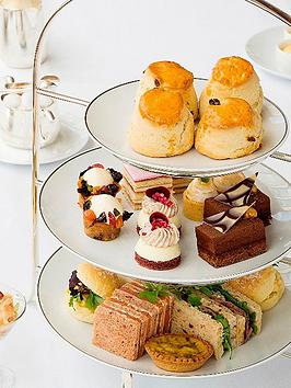 virgin-experience-days-afternoon-tea-at-harrods
