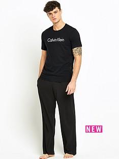 calvin-klein-calvin-klein-logo-t-shirt