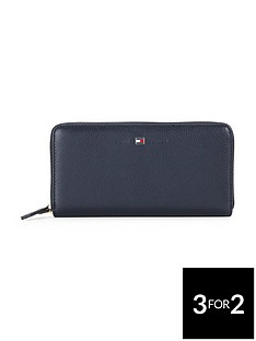 tommy-hilfiger-leather-purse