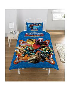 skylanders-supercharged-reversible-duvet-cover-and-pillowcase-set-in-single-size