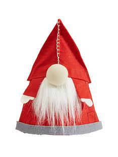 santa-gonk-cone-tree-topper