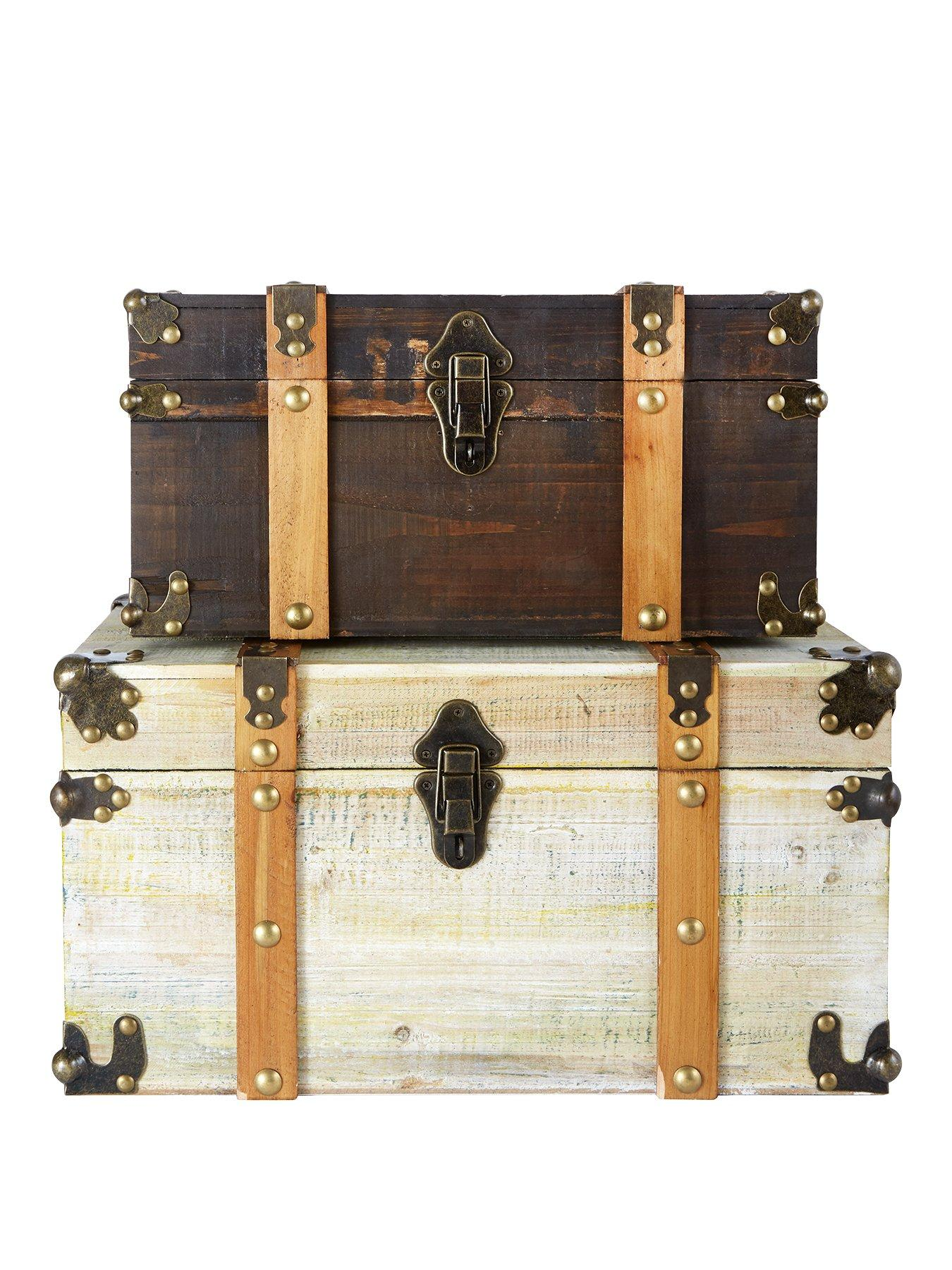 Very Set of 2 Antique effect trunks