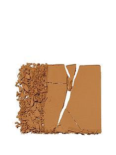 illamasqua-powder-foundation