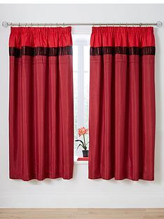 velvet-panel-red-pleated-curtains