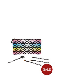 love-beauty-love-cosmetic-bag-set