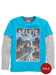 demo-long-sleeve-selfie-space-tee