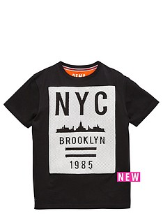 demo-nyc-rubber-printed-tee