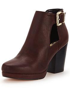 miss-selfridge-block-heeled-cut-out-boot