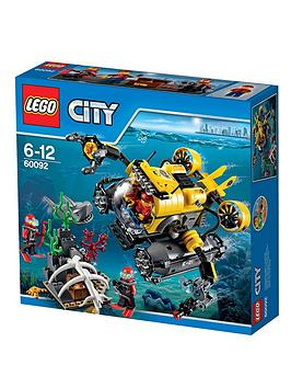 lego-city-city-deep-explorers-deep-sea-submarine-60092