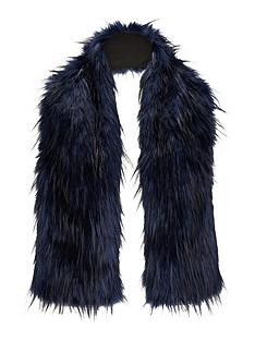 oversized-faux-fur-collarnbsp