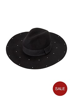 stud-detail-floppy-hat