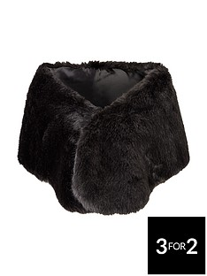 oversized-faux-fur-collarnbsp