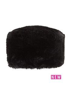 faux-fur-hat
