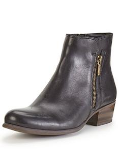 clarks-clarks-langdon-place-leather-ankle-boot