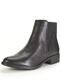 oasis-oasis-cleated-sole-chelsea-ankle-boot