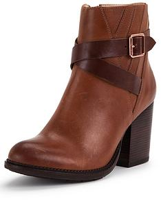 hush-puppies-darby-dewey-leather-strap-ankle-boot