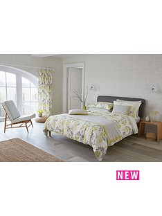 sanderson-wisteria-blossom-housewife-pillowcases-2-pack