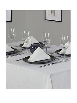essentials-oblong-table-linen-set-8-place-settings-70x90-inch