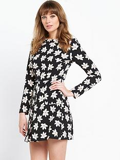 v-by-very-printed-60s-dress