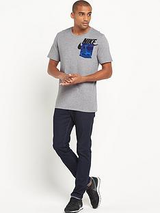 nike-pocket-t-shirt