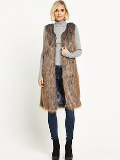 miss-selfridge-long-line-faux-fur-giletnbsp