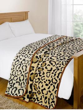fleece-throw-leopard-mink
